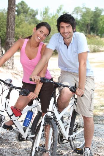 Faire du vélo autour du lac du salagou